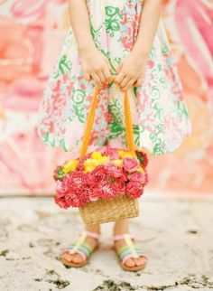 flower girl in Lilly Pulitzer http://atrendywedding.com/summer-icon/