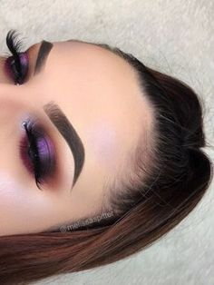 Modern Eye Makeup Ideas for 2018~ Bold Purple Shimmer - https://www.luxury.guugles.com/modern-eye-makeup-ideas-for-2018-bold-purple-shimmer/