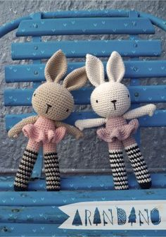 I love crocheted toys ~ why didn't I make some 18 years ago????