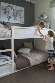42 Fascinating Shared Kids Room Design Ideas - Planning a kid's bedroom design can be a lot of fun. It can also be a daunting task as you tackle the issue of storage and making things easy to clean. Shared Boys Rooms, Bunk Beds For Boys Room, Bunk Bed Rooms, Shared Bedrooms, Kid Beds, Boy Room, Loft Beds, Bunkbeds For Small Room, Bunk Bed Ideas For Small Rooms