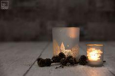 Weihnachtszauber. Glanzlicht von räder. Ein Licht aus gefrostetem Glas für Träumer und Sternengucker, für kalte Nächte und warme Abende.