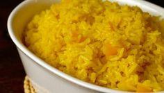 Gele rijst met perzik