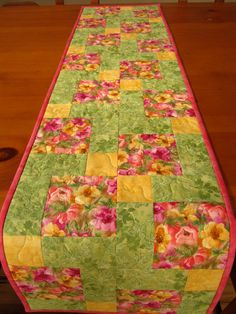 Spring Table Runner, Quilted Table Runner, Patchwork Tablerunner Floral, Mother's Day Table Runner