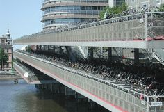 bicycle parking ('fietsflat') at central station http://www.skyscraperdictionary.com/?project=bikescraper