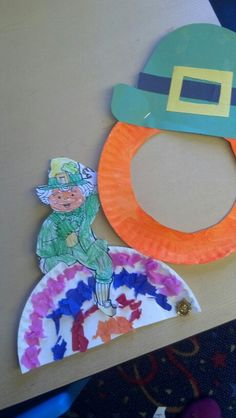 Preschool crafts--Love the leprechaun beard and hat craft
