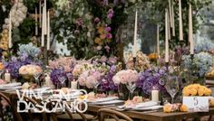Colorful flower centerpiece with gold vases and candelabras Colorful Centerpieces, Flower Centerpieces, Gold Vases, Italy Wedding, Colorful Flowers, Garden Wedding, Greenery, Wedding Venues, Floral Design