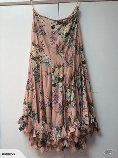 Trelise Cooper 'Earnest Hemming Sway' skirt, Sz 14   Trade Me