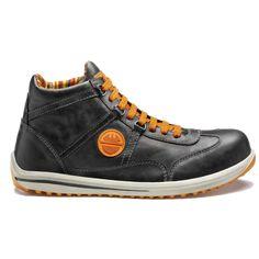 Παπούτσια Ασφαλείας – Ανδρικά - Γυναικεία, παπούτσια Ανατομικά, Αδιάβροχα, Αντιολισθητικά, Αντιστατικά, με ασφάλεια πέλματος και δακτύλων (S1P, S3, S3SRC) και ακόμα μεγαλύτερη ποικιλία σε παπούτσια αθλητικά με ασφάλεια, καθώς επίσης και παπούτσια ελαφριά εργασίας σε μοναδικές τιμές μόνο στην Pegasosafety Θεσσαλονίκη.Τα Μποτάκια Εργασίας/Ασφαλείας RACY H S3 Anthracite DIKE 26022 είναι εξαιρετικά κομψά και ελαφριά αλλά κορυφαία παπούτσια ασφαλείας.