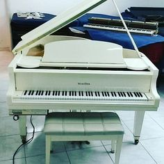 Hermoso pianos wurlitzer con sistema pianodisc #wurlitzer #wurlitzerpiano #pianos #pianodisc #baldwin #baldwinpiano #pianistas #pianista #piano #bogota #colombia #iguersbogota #igerbogota #musicos #musico #tecladista #musicaclasica #instrumentos #musica #musicacolombiana
