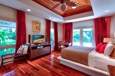 Opulent Beachfront Estate with Sumptuous Decors: Jewel of Maui