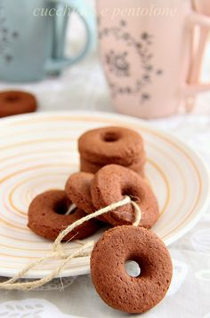 CUCCHIAIO E PENTOLONE: idee per Natale: biscotti macine al cacao