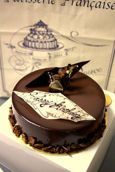 【エーグル・ドゥース】半端ない!チョコレートケーキ。