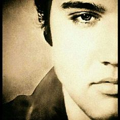 up close and personal. Young Elvis, Elvis Presley Young, Burning Love, Elvis Presley Photos, People Of Interest, Portraits, Graceland, Lisa Marie Presley, Rock N Roll