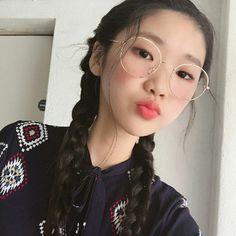 Картинка с тегом «asian girls, korean girls, and ulzzang»
