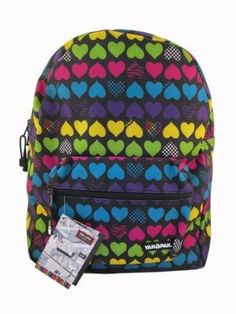 This NYC Classic Checkered Hearts Yak Pak backpack is great for this back to school season. The pattern is cute and unique, it's sure to impress all your friends.