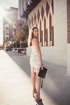 Graduation Images, College Graduation, Graduation Photography, Photography And Videography, Grey Fashion, Photo Poses, Free Photos, Going Out, White Dress