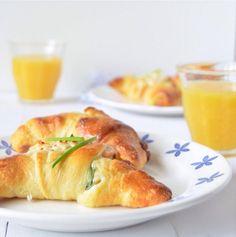 GOD MORGON! Dit is nog eens lekker wakker worden: croissants met geitenkaas en #LAX bedacht door Joor. Ook geïnspireerd geraakt? Doe dan mee met de #IKEAfoodchallenge, klik op de link. #IKEAnl #IKEA #gerecht #recept #ontbijt