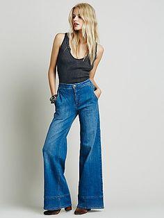 style // the '70s thing jojotastic.com @jojotastic 70s Fashion, Cute Fashion, Fashion Models, Style Fashion, Sunday Clothes, Fashion Branding, Minimal Fashion, Affordable Fashion, 70s Style