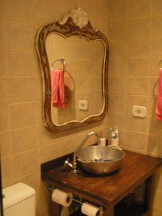 Jeito de Casa: Inspiração para banheiros e lavabos rústicos!                                                                                                                                                      Mais