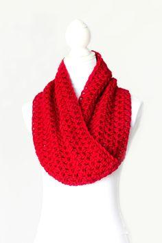 Classic Cowl Crochet Pattern via Hopeful Honey