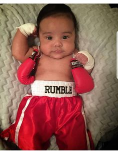 Mummy Born to go Boxing with my Daddy Baby Bandana Bib