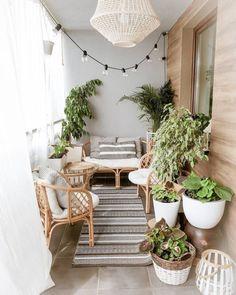 Small Balcony Design, Small Balcony Decor, Outdoor Balcony, Condo Balcony, Small Balcony Garden, Small Patio, Apartment Balcony Decorating, Apartment Balconies, Porch Decorating