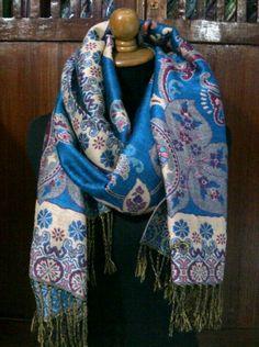 d5f927437ab9 264 meilleures images du tableau Pashmina   Cashmere wool, Pashmina ...