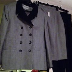brand new with tags..John Meyer 3 piece interchangeable suit..view here..http://stores.ebay.com/2014ctayltreasures
