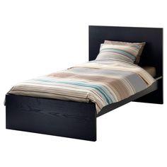 Gracias a la chapa de madera esta cama envejecerá bellamente