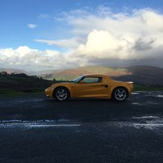Lotus Elise S1 in the Brecon Beacons