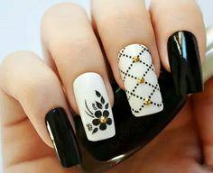 Hermoso Nail art