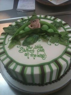 Sweet Pea Baby Shower cake/ bluecakecompany.com