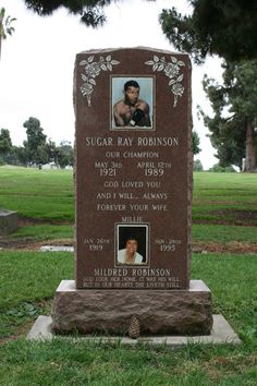 Sugar Ray Robinson (1920 - 1989) One of the greatest boxers of all times. For many he was the best fighter in the history of boxing. Welterweight and 5-time Middleweight Champion of the World.