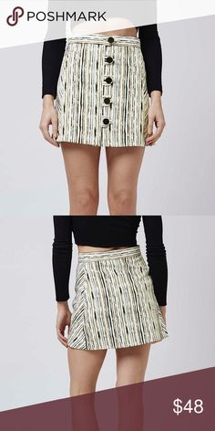 Top shop skirt BNWT top shop scratch stripe a-line skirt. Button front. Sold out! Topshop Skirts A-Line or Full