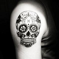 Resultado de imagem para tattoo caveira mexicana