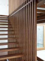 Image 2 of 16 from gallery of PilMa House / Azootea. Photograph by Paula Arroyo New Staircase, Entry Stairs, House Stairs, Staircase Design, Stair Handrail, Railings, Barn House Plans, Modern Stairs, Floating Stairs