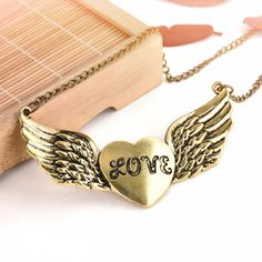 2017 Retro Style Fashion Women Men Bronze Color Lover  Heart Wing Pendant Chain Necklace Gift for Lover Jewelry