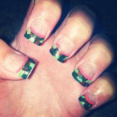 Camo nails <3