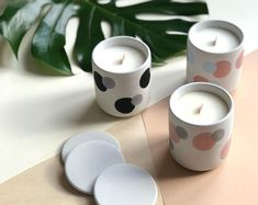 The Process of Candle Making Luxury Candles, Diy Candles, Soy Wax Candles, Candle Art, Candle Stand, Candle Holders, Beton Design, Design Café, Bougie Bio
