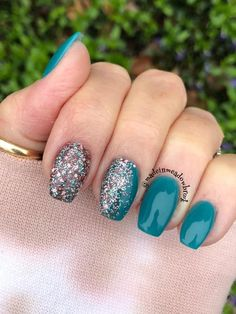 Colors used: allure, electric. Glow in the dark nails. Dip nails at home Acrylic Dip Nails, Acrylic Nail Designs, Gorgeous Nails, Pretty Nails, Nail Dipping Powder Colors, Dip Nail Colors, Revel Nail Dip Powder, Fancy Nails, Cute Shellac Nails