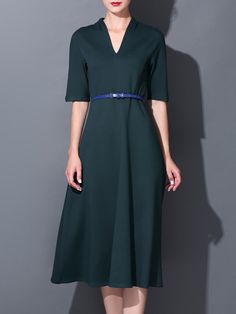 Shop Midi Dresses - Dark Green Plain Casual Midi Dress online. Discover unique designers fashion at StyleWe.com.