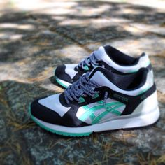 Asics GT-Cool: Black/White/Green