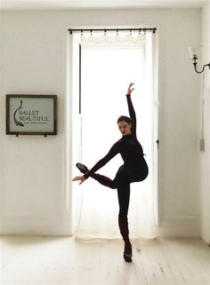 """Mary Helen Bowers has been dancing throughout her pregnancy. Bowers, who danced with the NYC Ballet for 10 yrs & helped train Natalie Portman for her role in """"Black Swan,""""now owns Ballet Beautiful, a NY fitness company designed to help regular women get a dancer's lean & toned physique.She's also developed a prenatal workout,which she hopes will help women in the same way her dancing routine has helped her.""""It's a beautiful time.You feel connected to your body on a level like never before."""""""