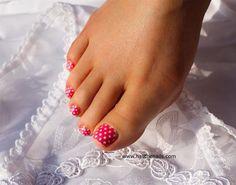 pink and white polka dots pedicure toe, summer nails, nail arts, pedicur idea
