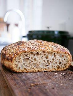 Grydebrød, recipe in Danish Rye Bread Recipes, Dutch Oven Recipes, Fun Baking Recipes, Real Food Recipes, Yummy Food, Savoury Baking, Bread Baking, Danish Food, Bread Bun