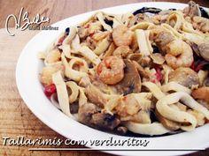 Tallarimis con verduras y gambas (Dieta Dukan Crucero) / Shrimp Tallarimis Diet Tips, Diet Recipes, Cooking Recipes, Dukan Diet, Pasta Salad, Macaroni And Cheese, Shrimp, Stuffed Mushrooms, Favorite Recipes