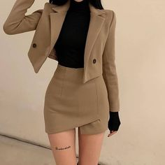Cute Casual Outfits, Edgy Outfits, Mode Outfits, Korean Outfits, Black Dress Outfits, Korean Dress, Teen Fashion Outfits, Look Fashion, Retro Fashion