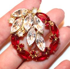 Vintage Estate Ruby Red & clear Marquis Crystal rhinestone Wreath Brooch Pin