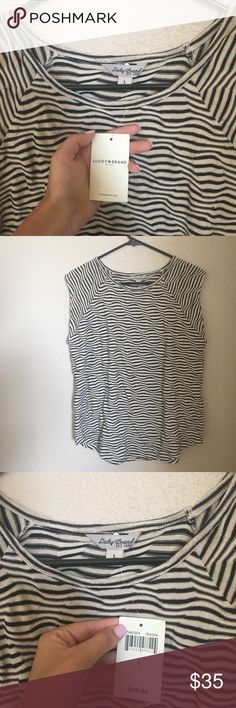(NAME YOUR PRICE) LUCKY BRAND tee NWT {tags: booties, sports bra , adidas , tassel earrings , graphic tee , sandals , swimsuit , bikini, Patagonia , Ugg , Free People, Brandy Melville, Anthropologie, Steve Madden , prom , heels , formal , platform , dress , lululemon , Nike } Lucky Brand Tops