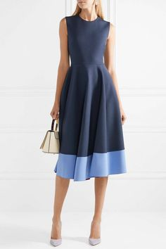 Roksanda Athena Pleated Two-tone Crepe Midi Dress - Navy Simple Dresses, Beautiful Dresses, Casual Dresses, Navy Midi Dress, Gray Dress, Meghan Markle Dress, Simple Dress Pattern, Roksanda, Ladies Dress Design